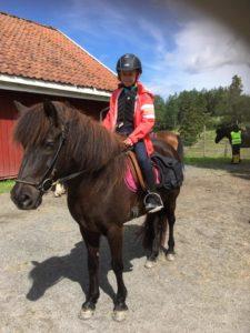 Emma og Hrafntinna klare for tur. Foto Line Skofteby